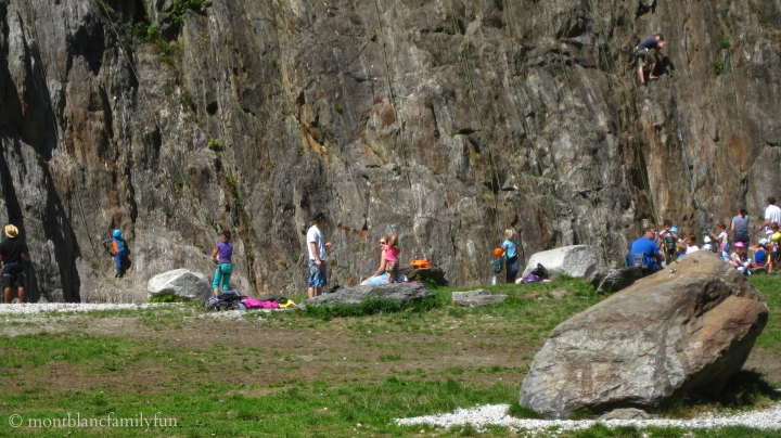Climbing lesson at Les Gaillands