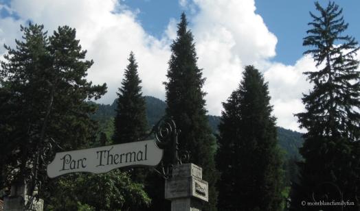 Parc Thermal - elegant entrance © montblancfamilyfun.com