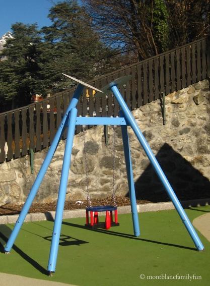Saint-Gervais-Mont-Blanc playground© montblancfamilyfun.com