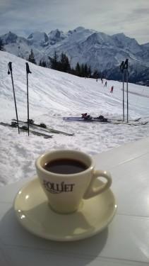 A café with a view, Refuge de Barmus, Plaine-Joux © montblancfamilyfun