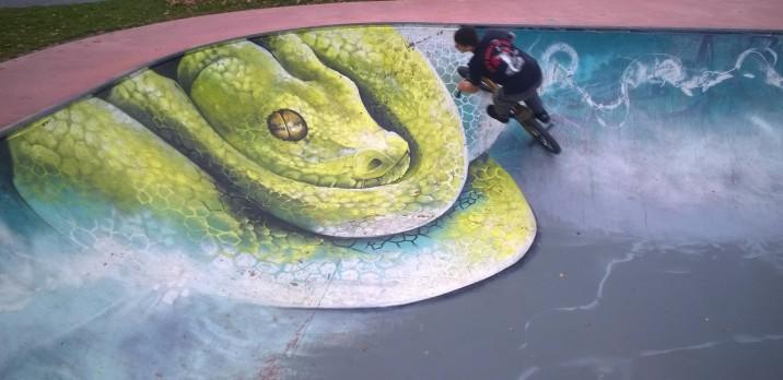 Sallanches skatepark - the bowl's new design! © montblancfamilyfun.com