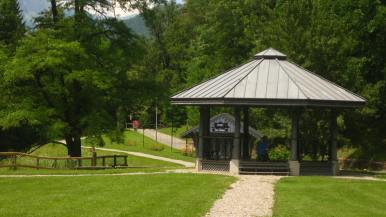 Bandstand in le Parc Thermal © montblancfamilyfun.com