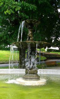 Le Parc Thermal - elegant entrance© montblancfamilyfun.com