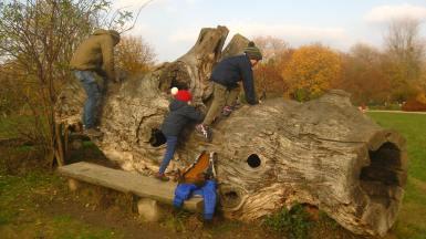 Terre de Pregny picnic spot (CJBG) © montblancfamilyfun.com