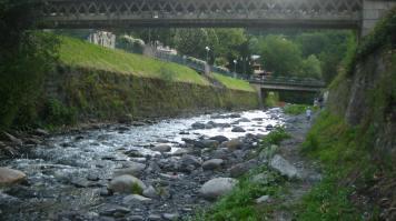 Riverside walk Sallanches