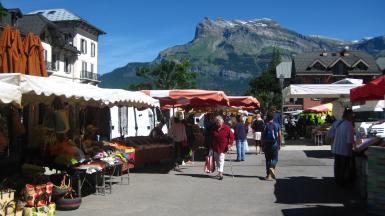 Marché de Saint-Gervais-les-Bains © montblancfamilyfun