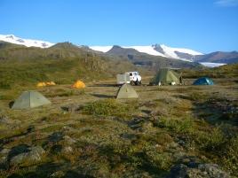 Iceland camping © montblancfamilyfun.com