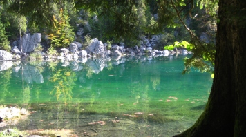 The ethereal Lac Vert in late summer © montblancfamilyfun.com