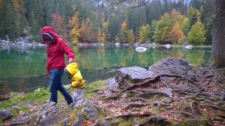Autumn at Lac Vert, Passy © montblancfamilyfun.com