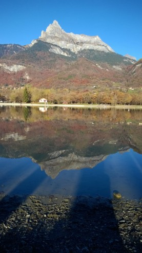 Lac de Passy - late autumn © montblancfamilyfun.com