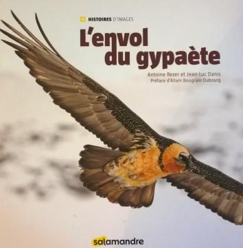 L'envol du gypaète by Antoine Rezer and Jean-Luc Danis © Antoine Rezer / Jean-Luc Danis photography