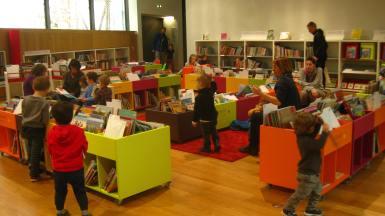 Médiathèque Ange Abrate Sallanches (children's area) © montblancfamilyfun.com