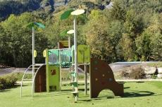 Les Loyers playground, Les Contamines-Montjoie © montblancfamilyfun.com