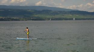 Nernier - a paddle boarder © montblancfamilyfun.com