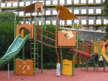 Montreux - playground on the quai © montblancfamilyfun.com