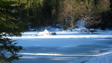 Lac Vert in winter © montblancfamilyfun.com