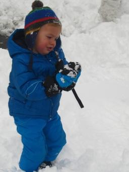 Emosson in the snow © montblancfamilyfun.com