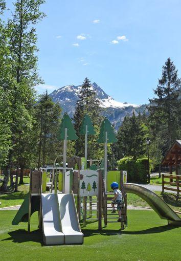 New playround Parc de Loisirs du Pontet © Les Contamines Actus