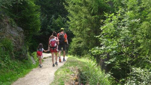 Bisse du Trient - a family hike © montblancfamilyfun.com