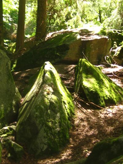 Médonnet boulders © montblancfamilyfun.com