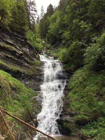 Le Sentier des Cascades de Tonnaz © Praz-su-Arly