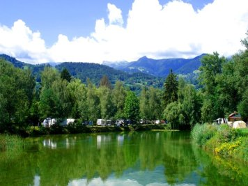 Pond at Mont-Blanc Plage campsite © Camping Mont-Blanc Plage