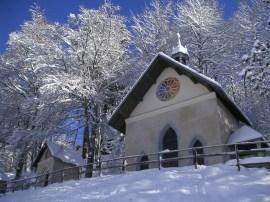 Chemin du Calvaire in Megève in wintertime © Megève Mairie