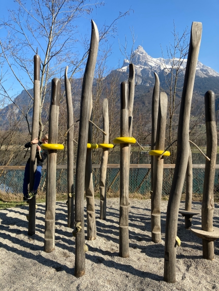 Lac de Passy playground © montblancfamilyfun.co